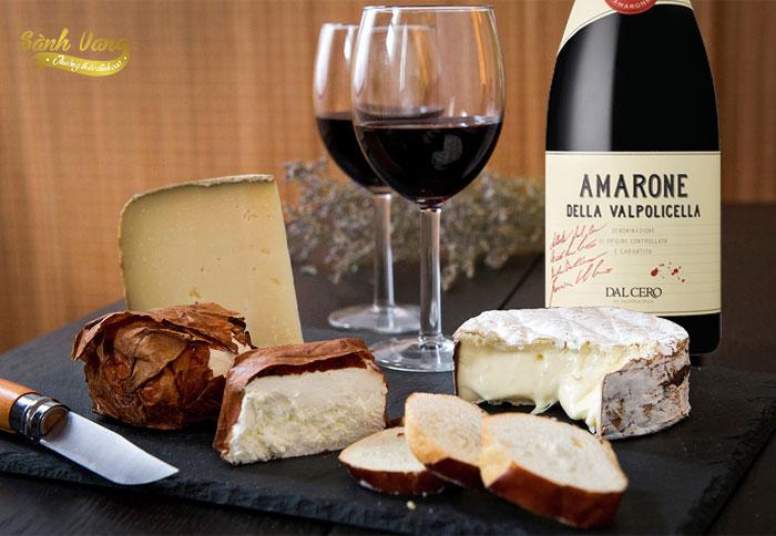 Thưởng thức rượu vang amarone
